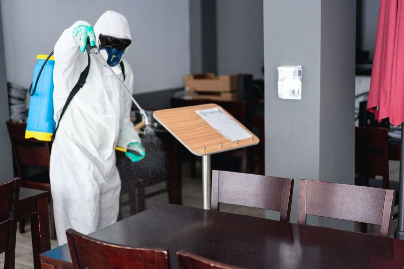 Sanitização de Restaurantes: livre-se de vírus e bactérias no seu estabelecimento