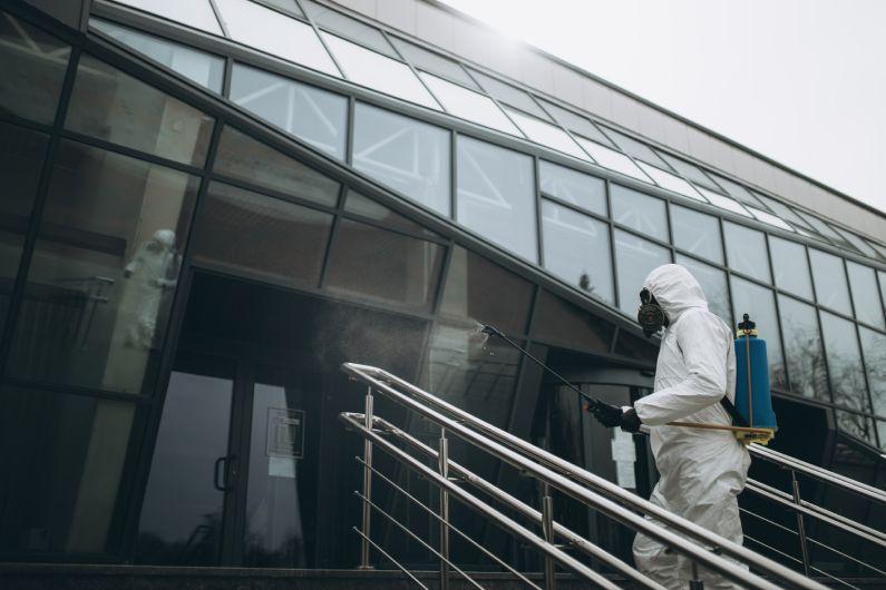 Sanitização de Shoppings: conte com serviços profissionais para maior segurança contra ameaças invisíveis